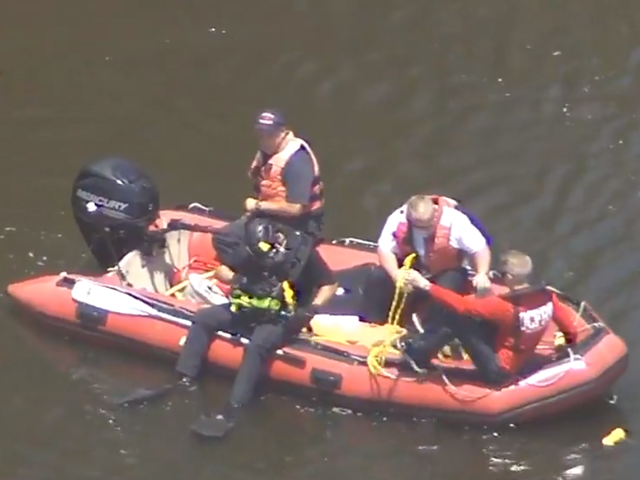 Search continues for teen who went missing in retention pond