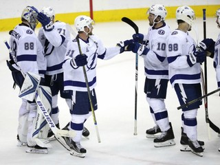 Bolts beat Caps to cut East Final deficit to 2-1