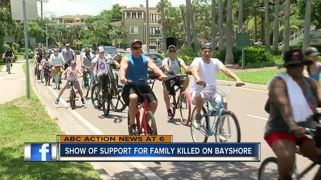 Bicyclists pedal on Bayshore in support of street racing victims