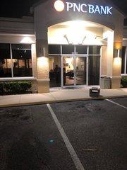 Two banks in Sarasota Co. burglarized