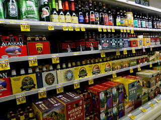 Polk extends Sunday alcohol sale hours