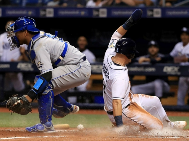 tampa bay rays complete 4 game sweep by beating royals on throwing