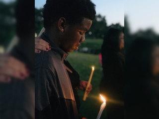 Candlelight vigil held for Markeis McGlockton