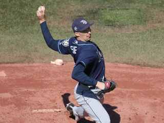 Snell wins 21st game as Rays beat Blue Jays 5-2