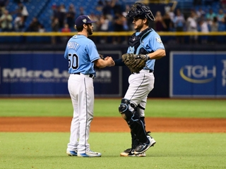 Rays use bullpen to beat Blue Jays for 90th win