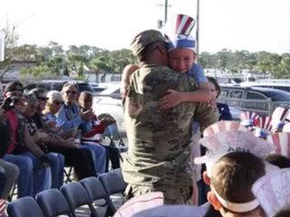 Soldier surprises children at school